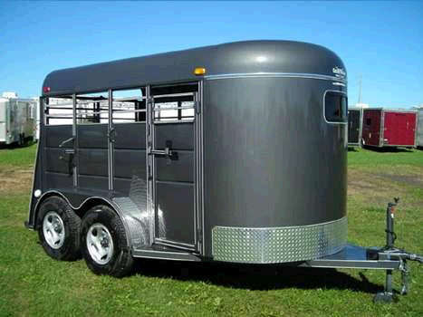 Trailer Horse 4 Place 2 Rentals New Richmond Wi Where To